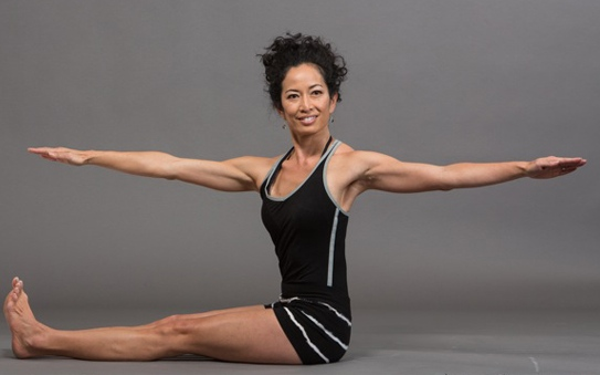 Spine twist (Rod Foster for Pilates Style)