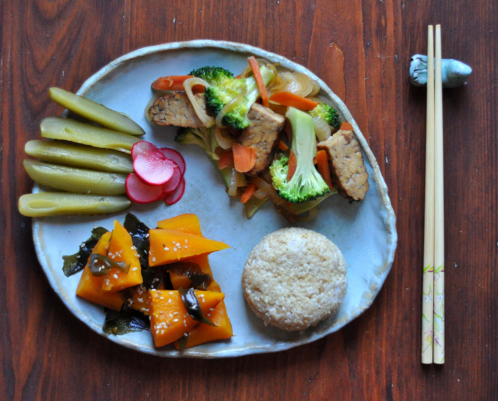 sw-millet-&-millet,-nishime-pumpkin&wakame,-cucumber-salty-pickle&fast-umesu-radish-pickle,-wokked-veggies&smoked-tempeh